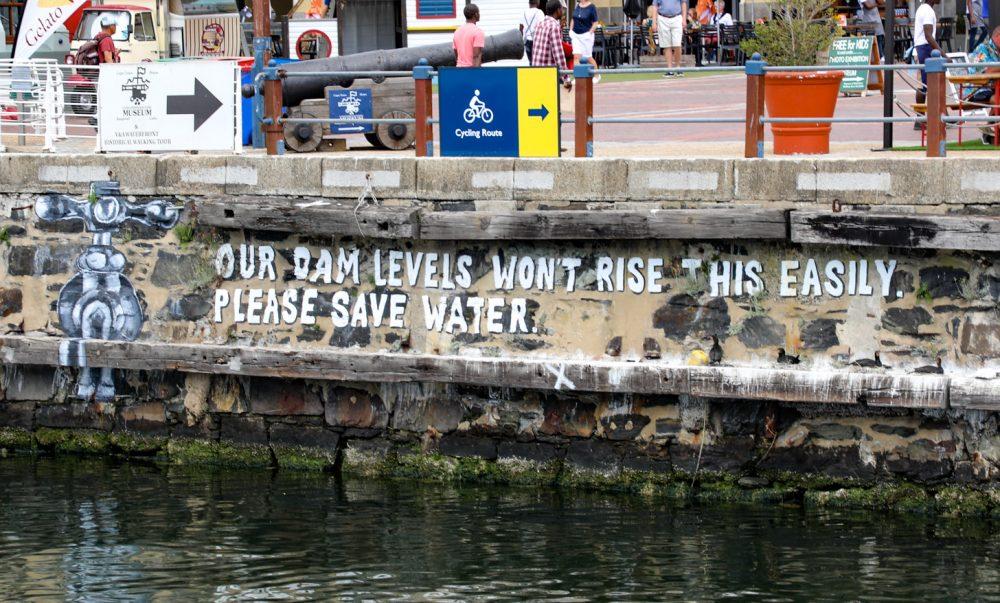 Wees zuinig met water